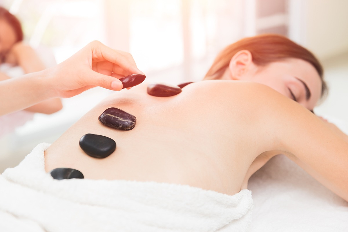 Hot-Stone-Massage bei Valeovia in Bremen